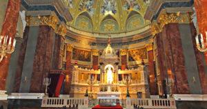 Basilique St Etienne interieur