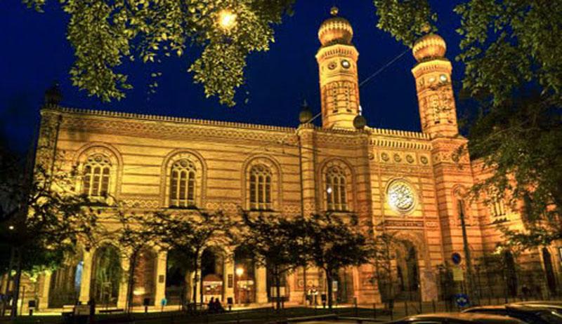 La Grande Synagogue la nuit