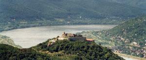 boucle de Danube avec la forteresse