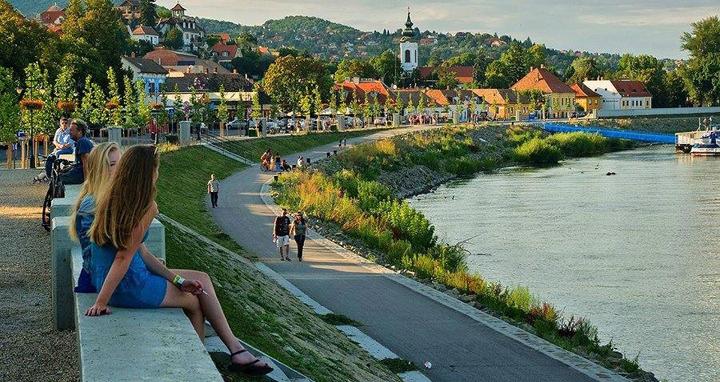 au bord de Danube