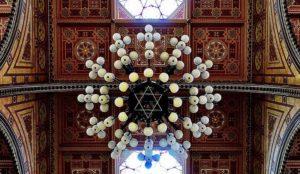 lustre de la Grande Synagogue