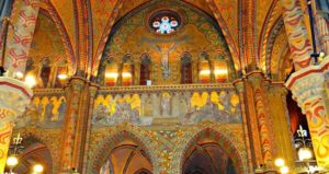 Eglise Mathias peinte