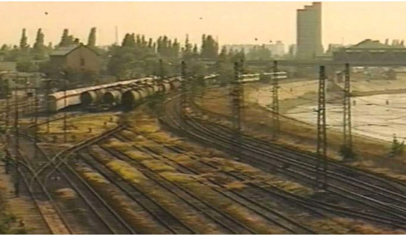 gare de triage au bord de Danube en 1992