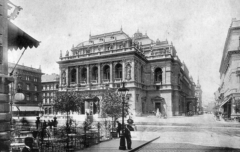 Opéra en 1910
