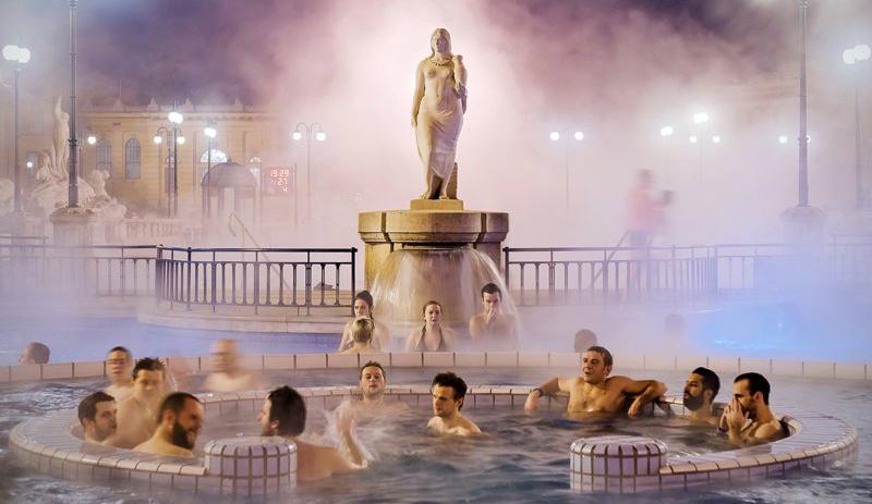 bain Széchenyi en hiver