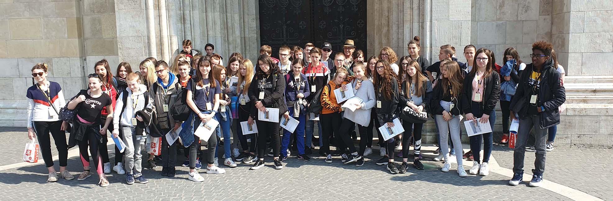 avec 50 élèves du Collège Marie de Luxembourg