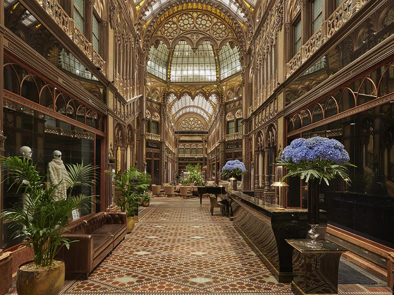 hotel-lobby-Hyatt
